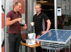 Brygga kaffe med hjälp av solceller